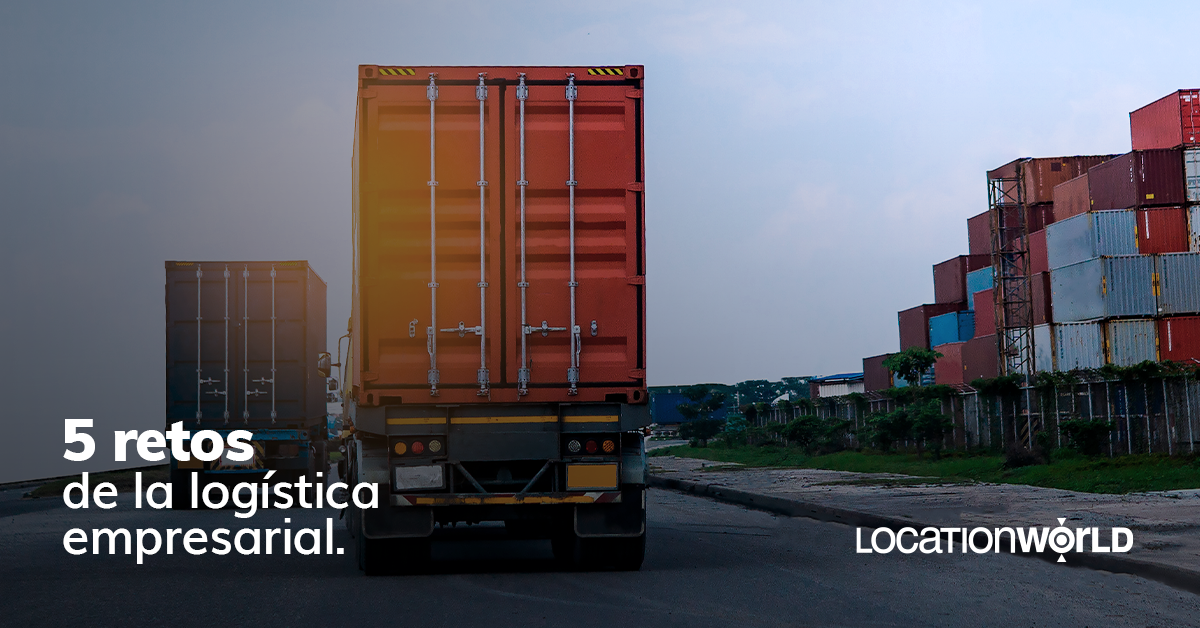 camiones en carretera logistica empresarial